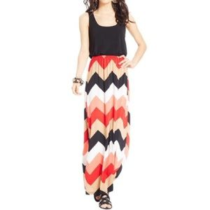 Trixxi Chevron Sleeveless Maxi Dress